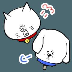怒れる猫と呆れる犬